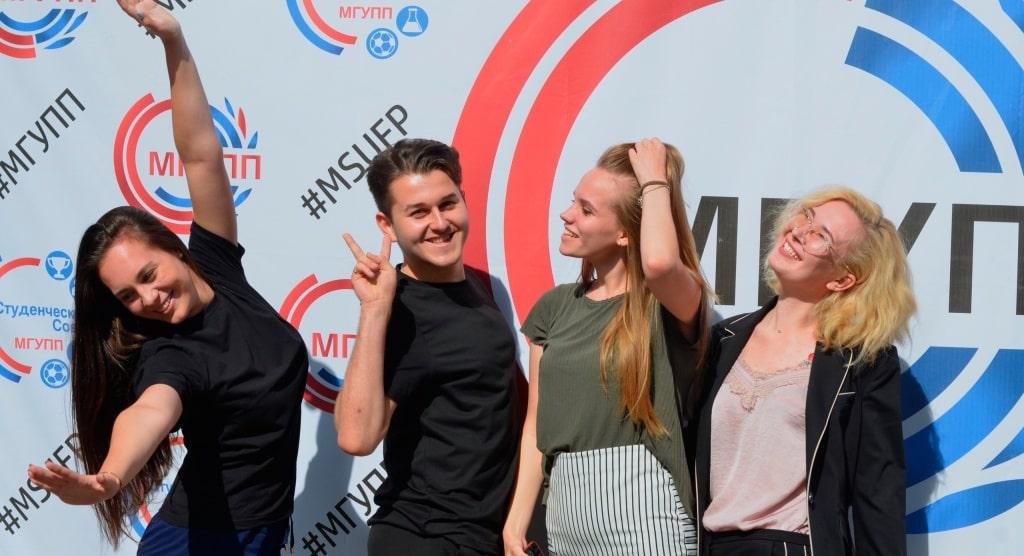 Московский государственный университет пищевых производств поддержал международный винный конкурс Russian Wines Competition 2020