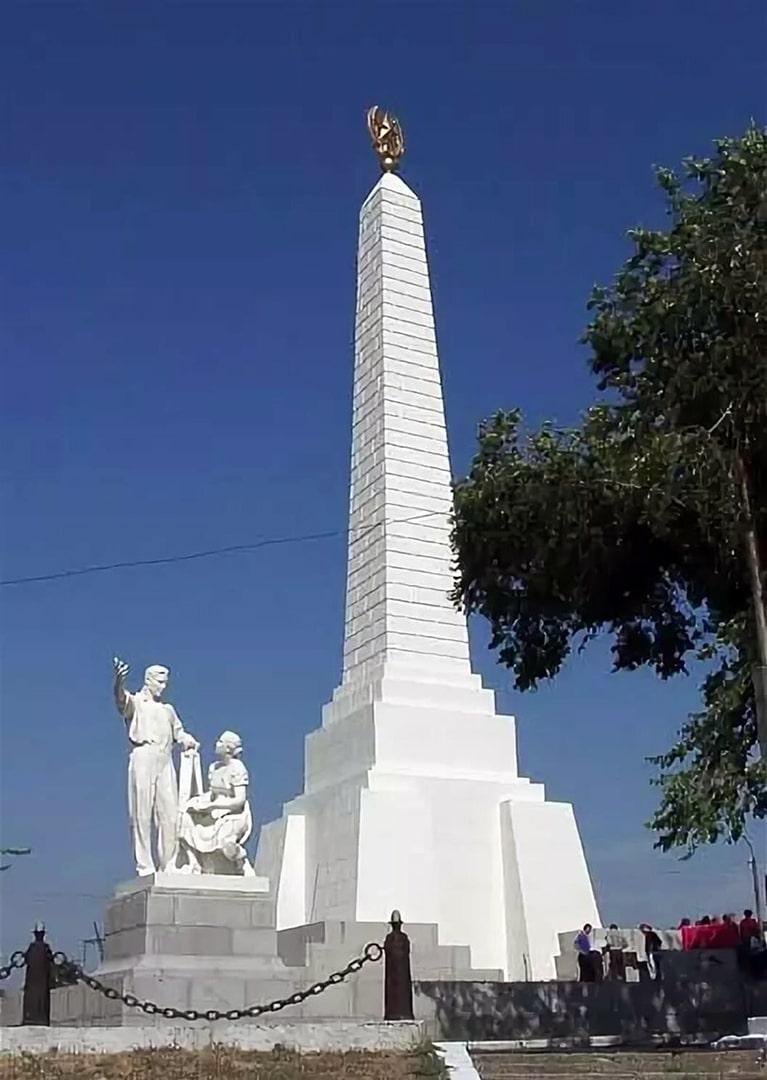 Памятник строителям Цимлянской ГРЭС