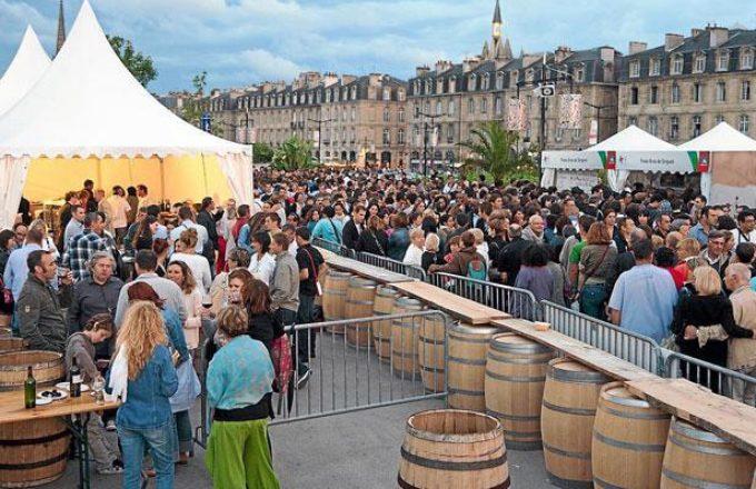 Fete du vin в Бордо традиционно задает высокую планку летних винных фестивалей