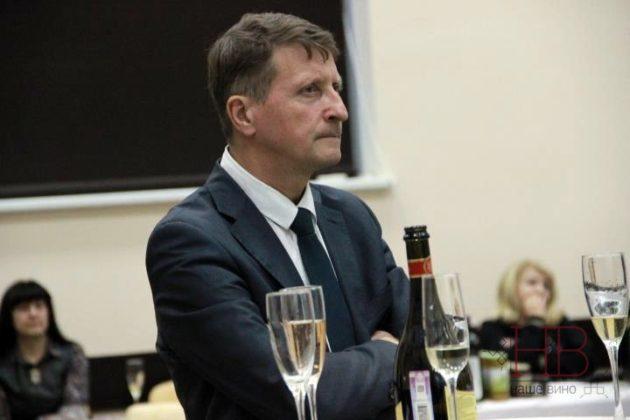 Сергей Уханев