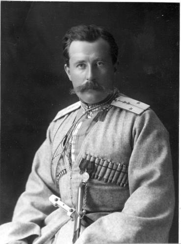 Михаил Караулов