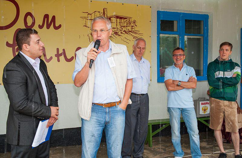 Геннадий Опарин