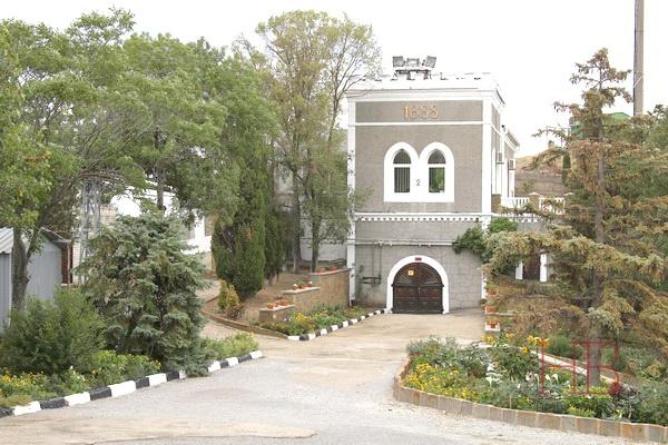 Подвалы Архадерессе, построенные В Солнечной Долина князем Голицыным для князя Горчакова