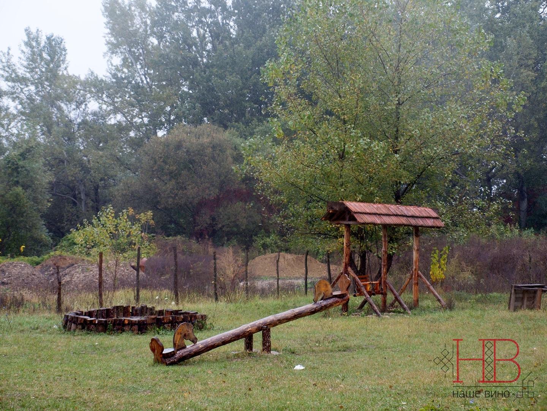 Детская площадка, сделанная руками казаков