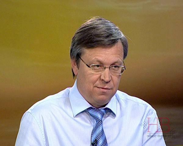 Олег Толмачев